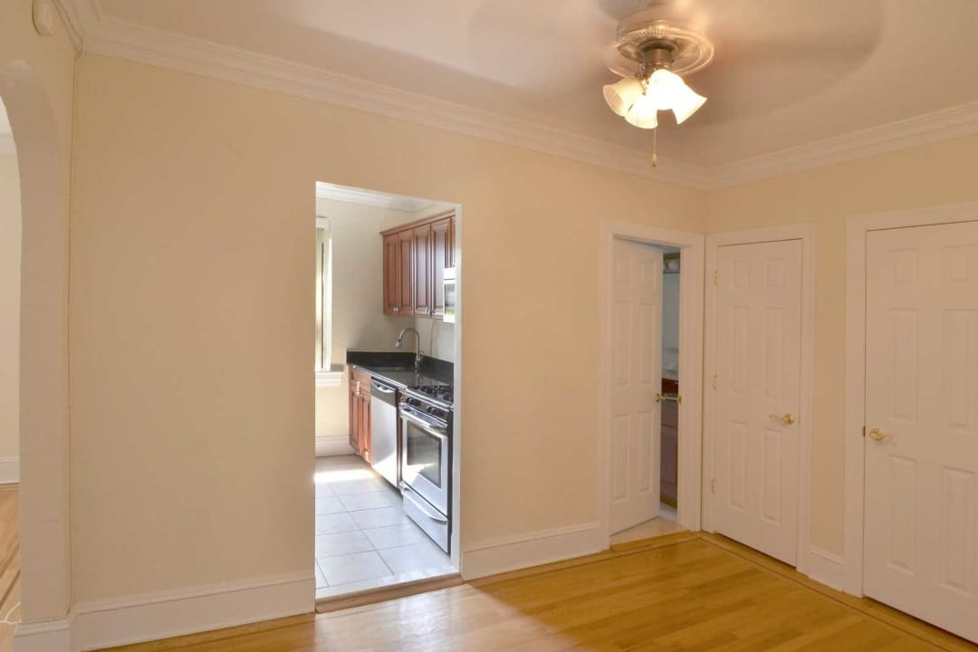 Fairfield Estates At Woodmere 37, Woodmere Laminate Flooring
