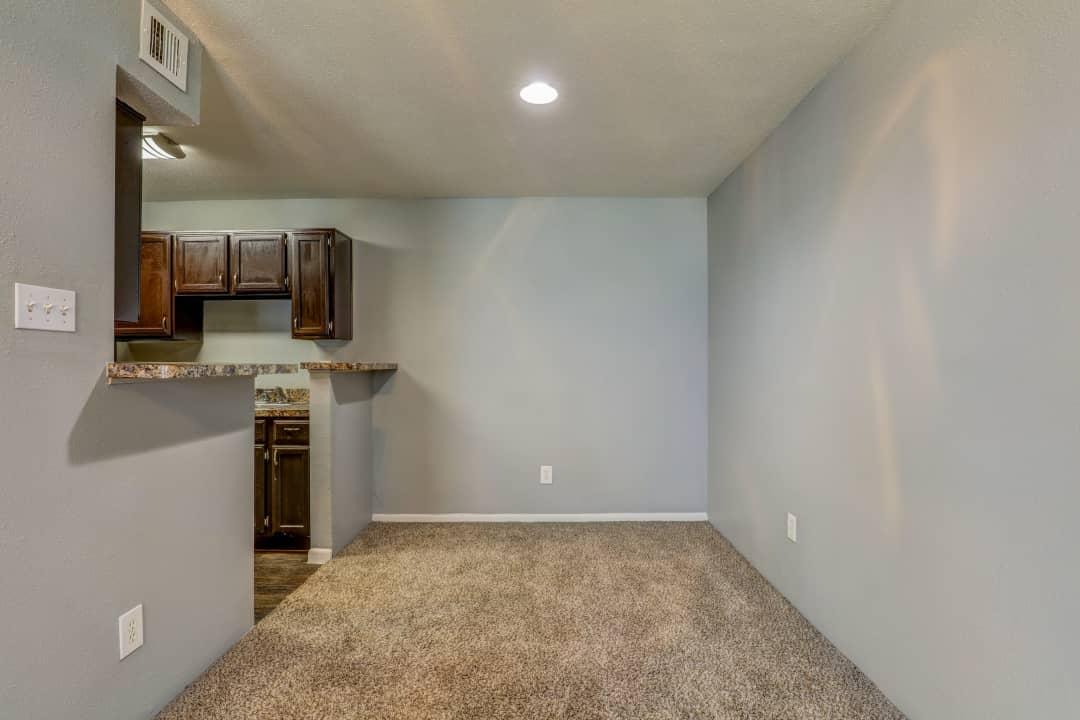 The Enclave At Arlington 1249 Enclave Cir Arlington Tx Apartments For Rent Rent Com