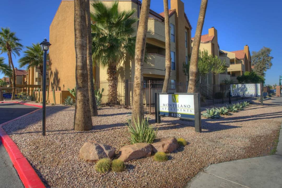 Montelano 8330 N 19th Ave Phoenix Az Apartments For Rent Rent Com