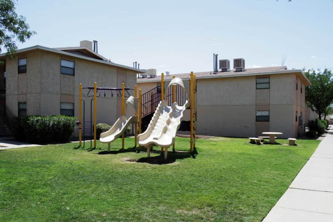 Dos Santos 3541 Peerless Pl El Paso Tx Apartments For Rent Rent Com