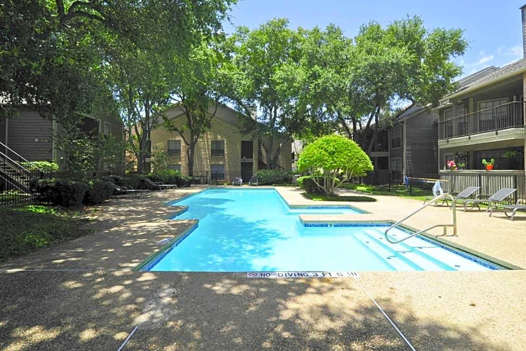 Towering Oaks 7710 Oakdell Way San Antonio Tx Apartments For Rent Rent Com