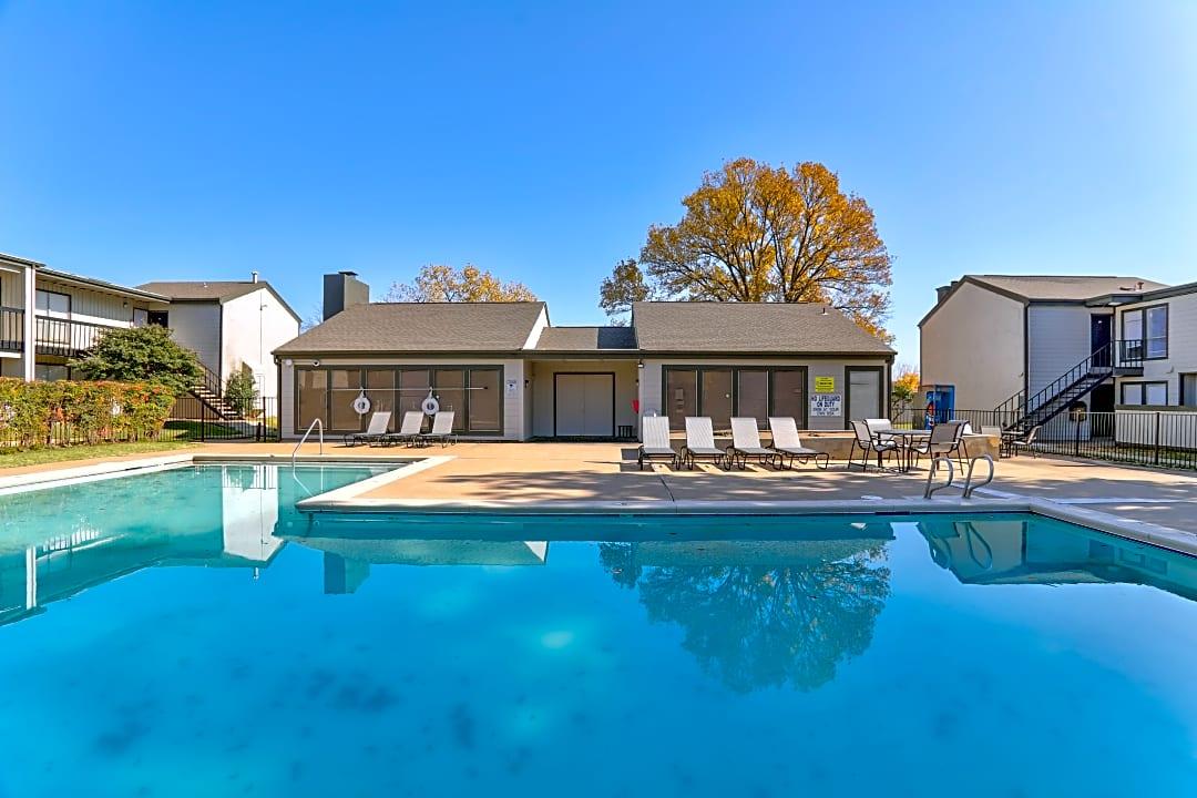 Darlington Oaks Midtown Flats 4801 S Braden Ave Tulsa Ok Apartments For Rent Rent Com