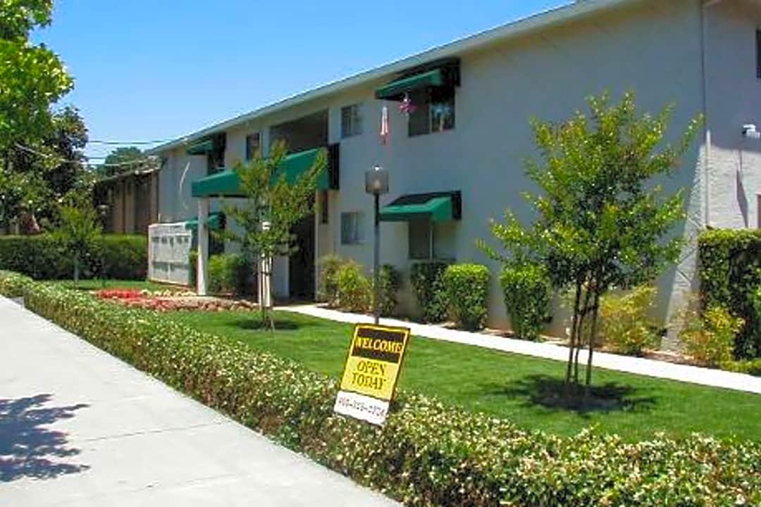 Palm Court 4960 National Ave San Jose Ca Apartments For Rent Rent Com