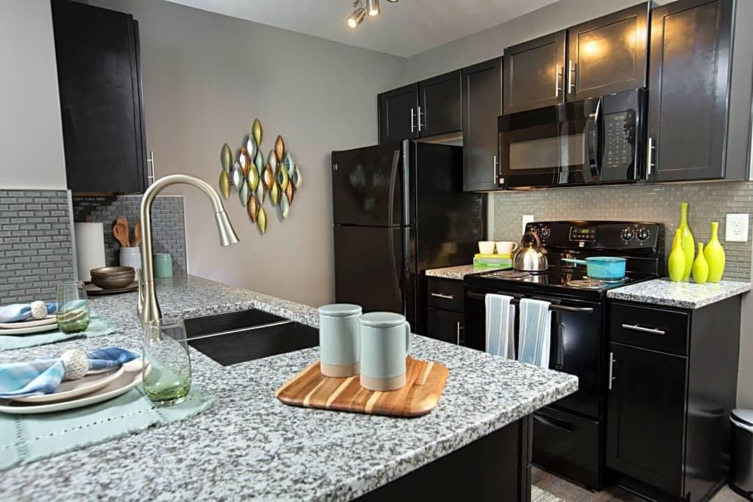 Sunbury Ridge By Cortland 3030 Sunbury Ridge Dr Columbus Oh Apartments For Rent Rent Com