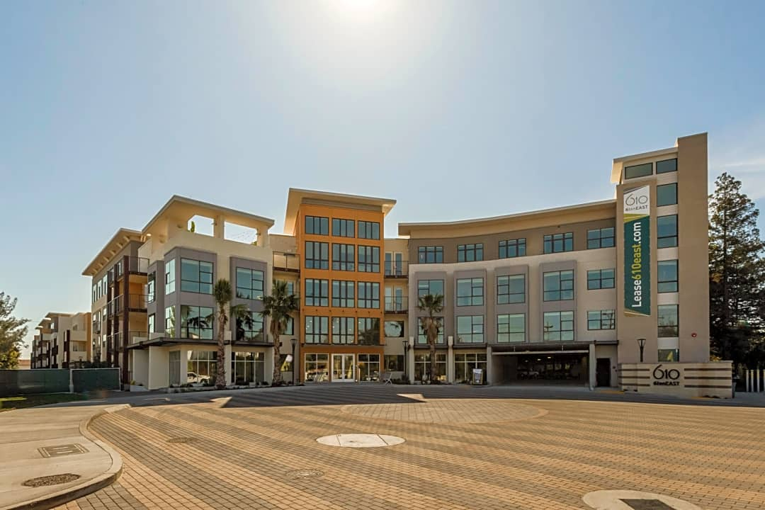 6ten East 610 E Weddel Dr Sunnyvale Ca Apartments For Rent Rent Com