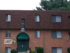 Towne Point Apartments-Central location