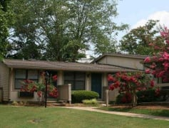 Beautiful Single Story Ranch Style Apartment Homes!