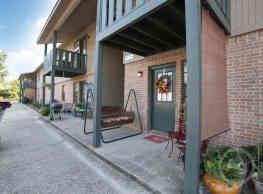 Hermitage Apartments - Decatur