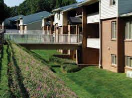 Saddle Brooke Apartments - Cockeysville