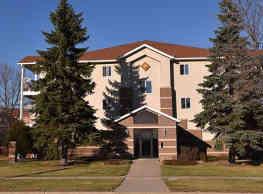 Sun West I & II Apartment Homes - Fargo