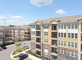 Stone Pointe Apartments - Woodbridge