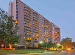 Westchester Tower Apartment Homes - College Park
