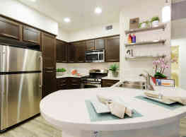 Solterra Ecoluxury Apartments - San Diego