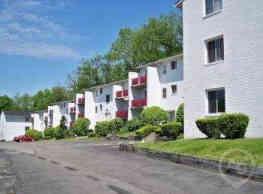 Hillcrest Apartments - Bellevue