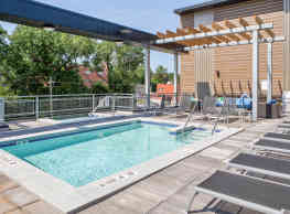 Soll Apartments - Des Moines