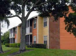 Newport Apartments - Tampa
