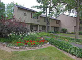 Greenway Apartments - Baldwinsville