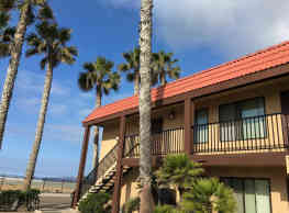 Imperial Palms Apartments - Imperial Beach