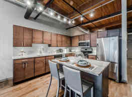 Lofts at River East - Chicago