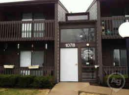 Monroe Village Apartments - Monroe