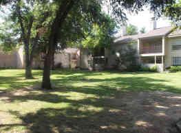 Pecan Valley Apartments - Lawton