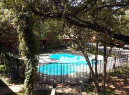 Brownstone Manor - Odessa