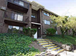Arbor Heights Apartments - Syracuse