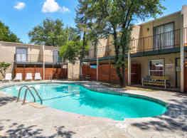 Salem Ridge Apartments - Denton