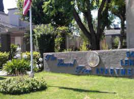Laurel Tree - Bakersfield
