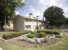 Barrington Hills Apartment Homes - Little Rock