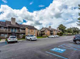 Emberwood Apartments - Lafayette