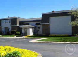 Stratford Apartments - Indianapolis