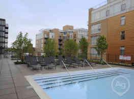 1717 Apartments - Evanston