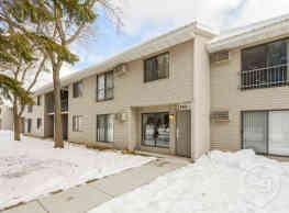 Meadowbrook Apartments - Virginia