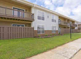 Woodgate Apartments - Muscle Shoals