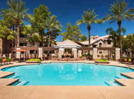 The Palisades at Paradise Valley Mall - Phoenix