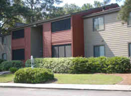 Three Oaks Apartments - Valdosta