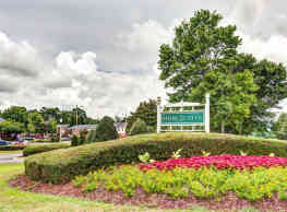 Stone Creek Apartments - Holt