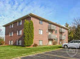 Westridge Apartments - Oshkosh
