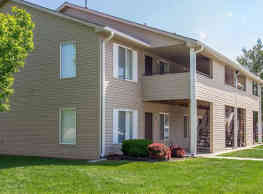 The Bluffs Apartments - Council Bluffs