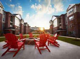 Grove Student Apartments - Waco