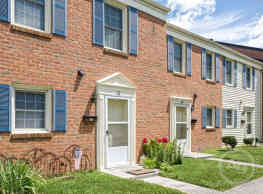 Brookside North Townhouses - Roanoke