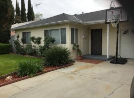 17544 Lorne St - Los Angeles