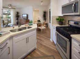 Vista Bella Apartment Homes - Aliso Viejo
