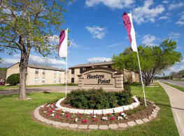 Hunters Point Apartments - College Station