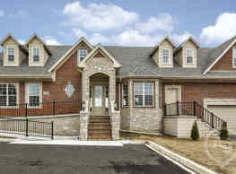 Townhomes of Caswell - Troy