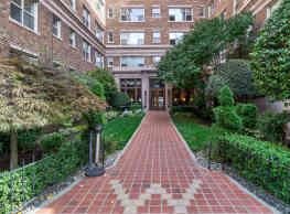UDistrict Square Apartments - Seattle