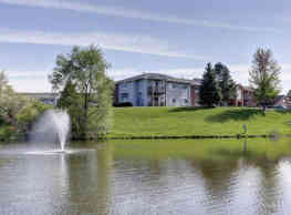 Shady Lake Apartments - Streetsboro