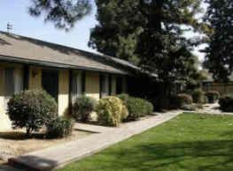 Ashmark Arms Apartments - Fresno