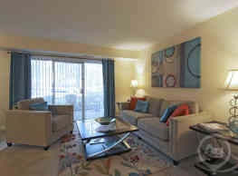 The Palms Apartments - Virginia Beach
